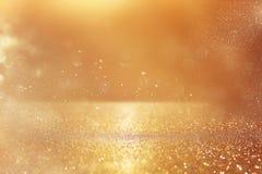 Год сбора винограда яркого блеска освещает предпосылку Золото и серебр стоковые изображения