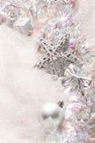 год снежинки тесемки s украшений рождества шарика новый серебряный Стоковое фото RF