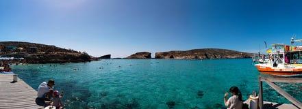 Голубая лагуна в острове Comino Стоковое Изображение RF