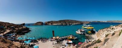 Голубая лагуна в острове Comino Стоковая Фотография RF