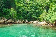 Голубая лагуна в dos Reis Angra. Рио-де-Жанейро Стоковые Фото