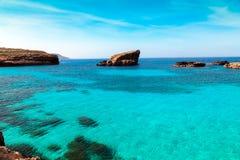 Голубая лагуна на острове Comino, Мальте Gozov Стоковое Изображение
