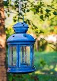 Голубая лампа свечи сада Стоковые Фото