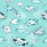 Голубая безшовная картина с рыбами Стоковые Фотографии RF