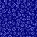 Голубая безшовная предпосылка с снежинками, Стоковые Изображения RF