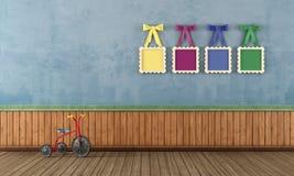 Голубая винтажная комната игры с трициклом бесплатная иллюстрация