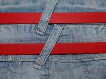 Голубая джинсовая ткань с поясом Стоковые Изображения RF