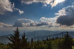 голубая зига гор стоковая фотография