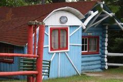 Голубая кабина пряника коттеджа Стоковые Фото