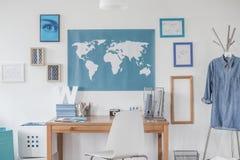 Голубая карта на стене Стоковое Изображение