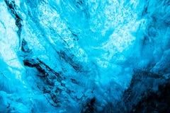 Голубая пещера льда в Исландии стоковая фотография rf