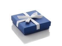 Голубая подарочная коробка Стоковые Изображения