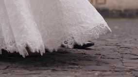 голубая подвязка цветка деталей шнурует венчание сток-видео