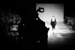 голубая подкраска выставки фотографа вспышки способа Стоковые Изображения