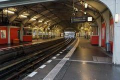 голубая подкраска подземки станции подземная Стоковое фото RF