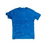 Голубая пустая футболка для модель-макета изолированного на белизне Стоковые Изображения