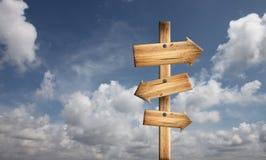 голубая древесина неба знака Стоковое Фото