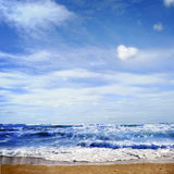 голубое море и совершенное небо Стоковое фото RF