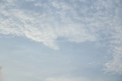 Голубое небо в пасмурном Стоковые Фотографии RF