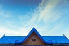 голубое небо крыши Стоковые Изображения