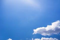 голубое небо облака крупного плана Стоковые Изображения RF