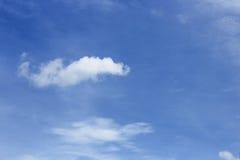 голубое небо облака Облако ультрамаринового голубого неба обширное и мягкое Стоковое Изображение