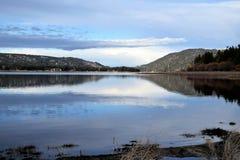 голубое небо озера Стоковое Изображение
