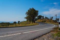 голубое небо дороги стоковое изображение rf