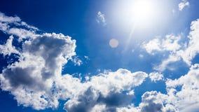 Голубое небо с обоями предпосылки облаков Стоковая Фотография