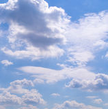 Голубое небо с облаками, кумулюс Предпосылка, природа Стоковое Фото
