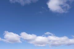 Голубое небо с облаками 14 Стоковое фото RF