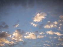 Голубое небо с облаками Стоковое Изображение