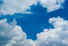 Голубое небо с облаком Стоковое Фото
