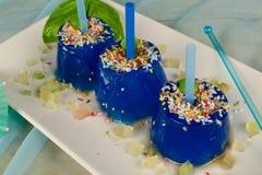 Голубое обслуживание шипучек льда Стоковое Фото