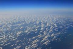 Голубое облако было принято на самолет для предпосылки Стоковые Фотографии RF
