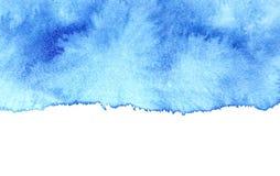 Голубое пятно акварели с изолированным краем бесплатная иллюстрация