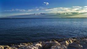 Голубое солнечное после полудня Стоковое Изображение RF
