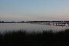 голубое солнце моря пристани деревянное Стоковое Изображение RF