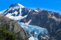 Голубой ландшафт Патагонии ледника горы льда Стоковое Изображение RF