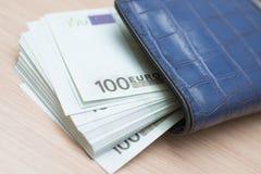 голубой бумажник Стоковое фото RF