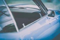 Голубой винтажный автомобиль 1945s Стоковая Фотография