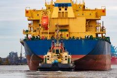 голубой грузовой корабль Стоковые Фотографии RF
