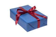 Голубой изолированный подарок на рождество стоковое фото rf