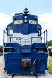 Голубой и белый локомотив Стоковая Фотография RF