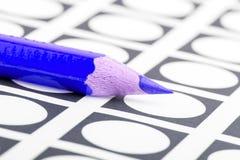 Голубой карандаш используемый для голосования Стоковое Изображение RF