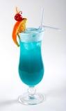 Голубой коктеил с льдом и померанцем Стоковые Фото