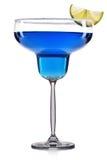 Голубой коктеиль в стекле маргариты изолированном на белой предпосылке Стоковое Фото