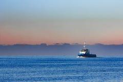 Голубой малый корабль гужа Стоковое фото RF