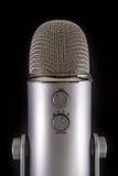 Голубой микрофон конденсатора Podcast йети Стоковое Фото