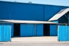 голубой пакгауз Стоковое Изображение RF